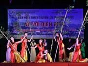 Deuxième soirée du pèlerinage artistique vers Diên Biên Phu