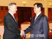 Nguyen Tan Dung reçoit le commissaire européen au commerce