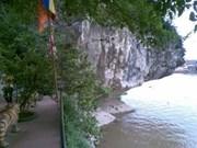 À Ninh Binh, une montagne de poésie