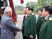 Le ministre de la Défense reçoit les proches d'anciens conseillers militaires chinois