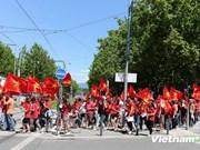 Les Vietnamiens en France manifestent contre la Chine
