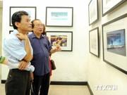 Hanoi : Expo de photos sur la souveraineté maritime et insulaire du Vietnam