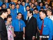 Truong Tan Sang rencontre des jeunes exemplaires