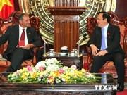Vietnam-France : renforcement des liens entre les groupes de députés d'amitié