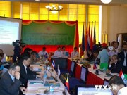 Le Vietnam aux conférences des officiels de haut rang de l'ASEAN