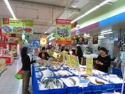 À Hô Chi Minh-Ville, les supermarchés aux petits soins