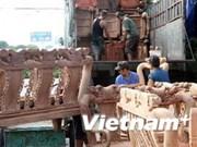 Les investisseurs étrangers s'intéressent à l'industrie du bois vietnamienne