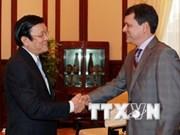 Le Vietnam et le Panama renforcent leur amitié
