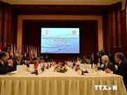 Le Vietnam au 5e tour de négociations du RCEP à Singapour