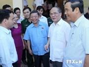 Le président de l'AN à l'écoute des électeurs de Ha Tinh