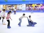 La glace ravit les amateurs à Hanoi et Hô Chi Minh-Ville