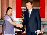 Le président Truong Tan Sang reçoit la ministre indienne des Affaires étrangères