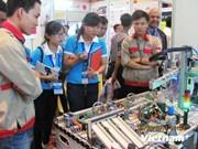 APEC: Ouverture de l'exposition sur l'éducation et la formation professionnelle