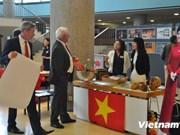 """Le Vietnam participe au """"Jour des ambassades"""" à Berlin"""