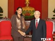 Le leader du PCV reçoit une dirigeante cubaine
