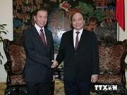 Le président du bureau présidentiel du Laos en visite au Vietnam