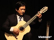 Du folklore vietnamien au Concours international de Guitare de Berlin