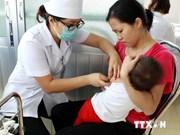 Les enfants se font vacciner contre rougeole et rubéole