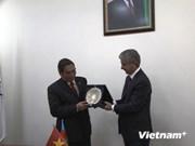 Le permanent du PCV Le Hong Anh en visite de travail en Azerbaïdjan