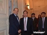 Le permanent du Secrétariat du PCV Le Hong Anh en France