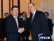 Le président reçoit le représentant américain au Commerce