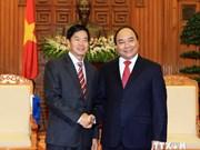 Accélérer les programmes de coopération Hanoi-Vientiane