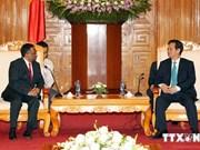 Le PM Nguyen Tan Dung reçoit les participants au Sommet ASOCIO 2014