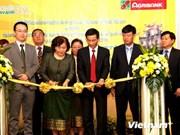 L'Agribank développe les services de paiement transfrontaliers au Laos