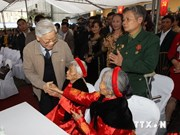 Le chef du Parti assiste à la fête du bloc de grande union nationale à Thai Nguyen