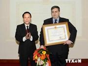Le représentant en chef de TASS au Vietnam à l'honneur
