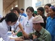 Dong Thap : 400 patients pauvres bénéficient de consultations médicales gratuites