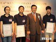 Le vice-PM Nguyen Xuan Phuc reçoit le président du groupe Kumho Asiana