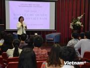 Les étudiants vietnamiens en Australie s'orientent vers la Mer Orientale