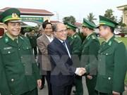 Le président de l'AN rencontre des électeurs des forces armées de Ha Tinh