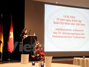 Le 70e anniversaire de l'armée vietnamienne célébré en Allemagne et en Thaïlande