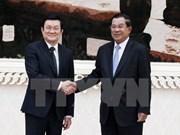 Le Président Truong Tân Sang rencontre des dirigeants cambodgiens