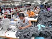 Singapour est le premier des huit investisseurs aséniens au Vietnam