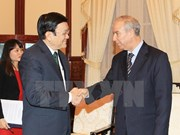 Le chef de l'Etat reçoit l'ambassadeur d'Algérie