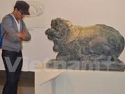 Exposition de sculptures anciennes du Vietnam