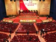 Exposition de photos pour l'anniversaire de la fondation du Parti communiste du Vietnam
