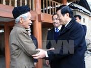 Le président Truong Tan Sang se rend à Tuyen Quang