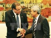 Une délégation de la Chambre des députés de l'Uruguay en visite à Hai Phong