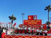 Des Vietnamiens à Chypre et au Laos saluent le Nouvel An lunaire