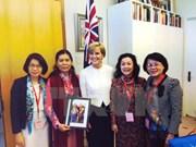 La présidente de l'Union des femmes en visite en Australie