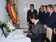 Le PM rend hommage à l'ex-PM Lee Kuan Yew