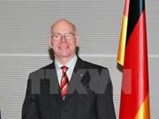 Les dirigeants vietnamiens reçoivent le président du parlement allemand