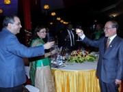 Nguyên Sinh Hùng offre un banquet à l'exécutif de l'UIP