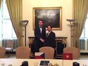 Consultations politiques Vietnam-République Tchèque à Prague