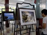 """Exposition photographique """"Patrimoines mondiaux du Vietnam"""" à Thanh Hoa"""