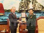 Les Etats-Unis doubleront le budget du déminage au Vietnam